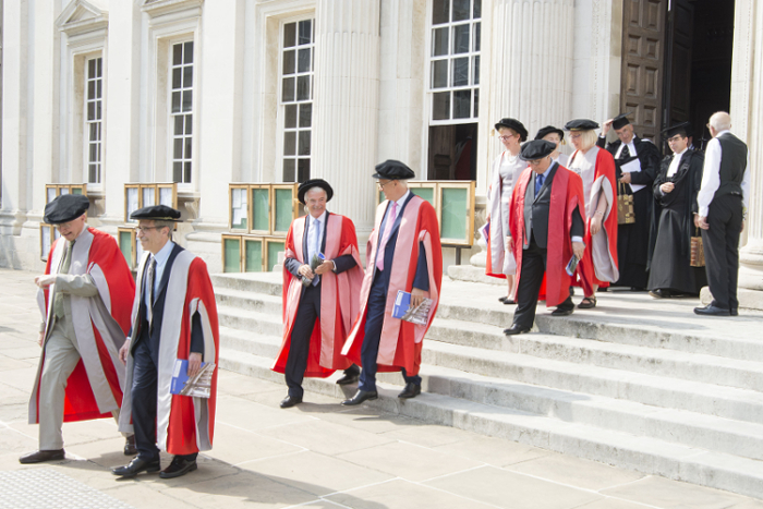 El Nobel Eric Maskin recibe el honoris causa por la Universidad de Cambridge
