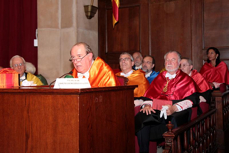 Acto de ingreso en la RAED de Montserrat Casanovas Ramon