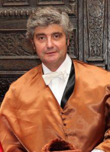 Dr. Juan Trias de Bes, Académico Numerario de la RAED
