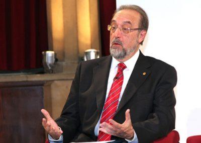 Daniel Turbón Borrega, debate conceptos del infinito