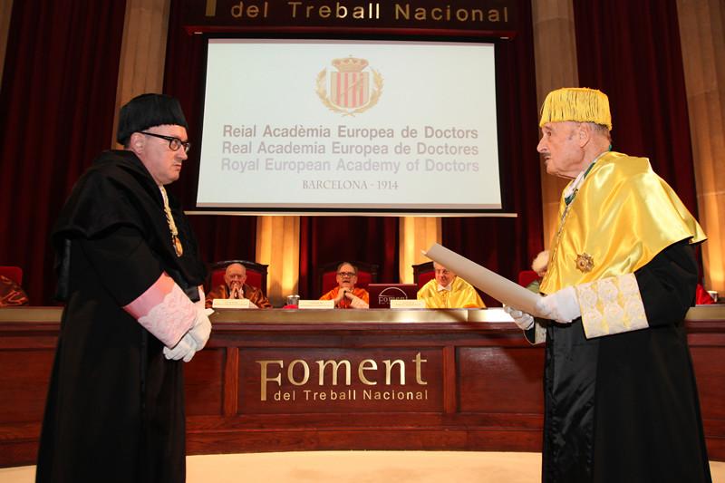 Acto de ingreso del Dr. Javier Gil Mur