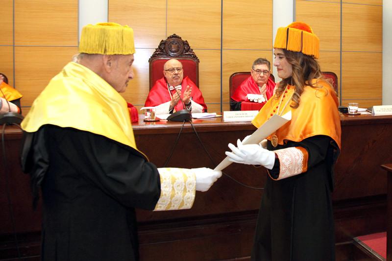 Acto de ingreso de la Dra. Mar Alonso Almeida