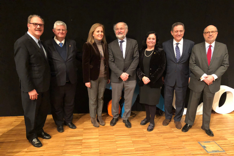 Dr. Rocafort - Dr. Calvo - Dra. Vallcorba - Dr. Neher - Dra. Calvo - Dr. Gallucci - Dr. Añoveros