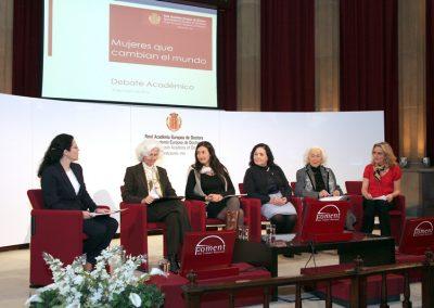 debate-mujeres-que-cambian-el-mundo-2