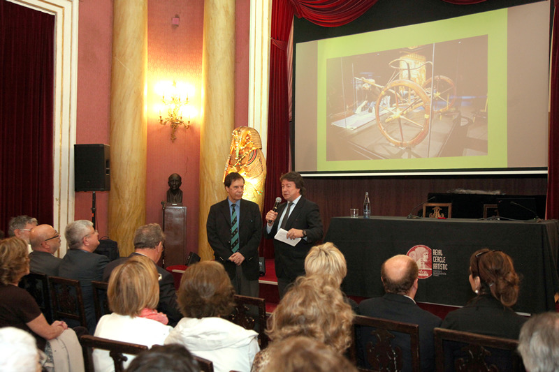 Sr. Hamdi Zaki - Dr. Josep Fèlix Bentz. Conferencia sobre Tutankamon