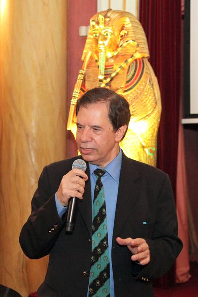 conferencia sobre Tutankamón - Sr. Hamdi Zaki