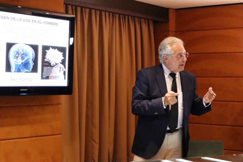 "Dr. Pedro Clarós - ""El origen de la voz del hombre"" - IV acto internacional"