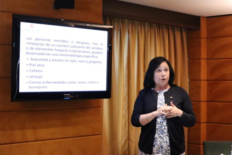 Dra. Maria Àngels Calvo Torras ponencia en el IV acto internacional