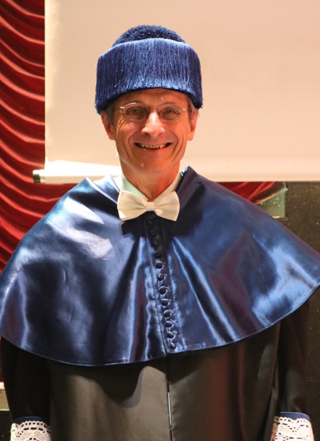 Dr. Richard Royce Schrock