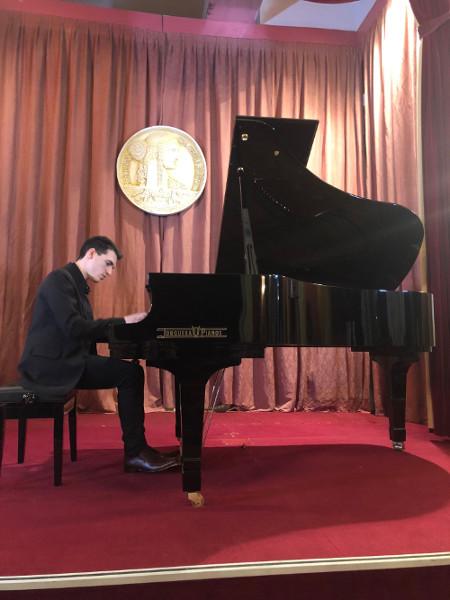 Facundo González pianista
