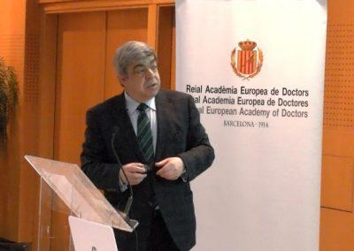 Javier Aranceta - RAED : ¿Se puede caminar hacia una alimentación saludable?: Las Guías alimentarias