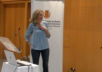 83-acto-academico-Vichy-Catalan-02-2019-Pollyana-Nethersole