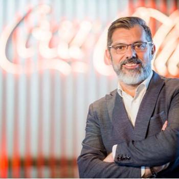 Dr. Rafael Urrialde