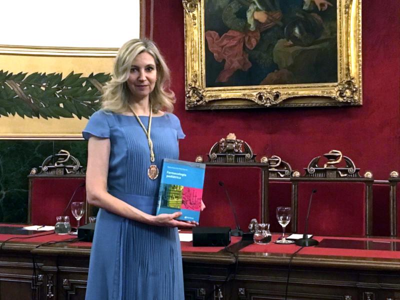 """María Asunción Peiré presenta el libro """"Farmacología Pediátrica"""""""