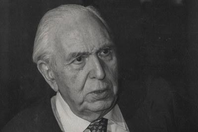 Academicians of our centennial history: Pedro Laín Entralgo