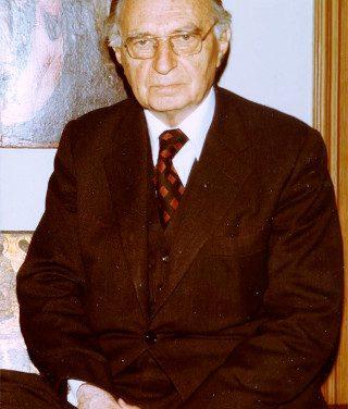Académicos de nuestra historia centenaria: Ramón Sarró Burbano
