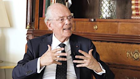 Dr. Ignacio Buqueras