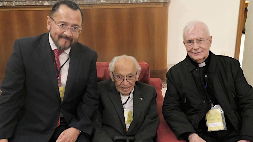Josep Ignasi Saranyana con Gustavo Gutiérez