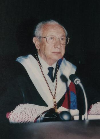 El Dr. Juan Antonio Samaranch Torelló, en su ingreso en la Real Academia Europea de Doctores