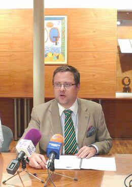 Dr. Santiago Castellà