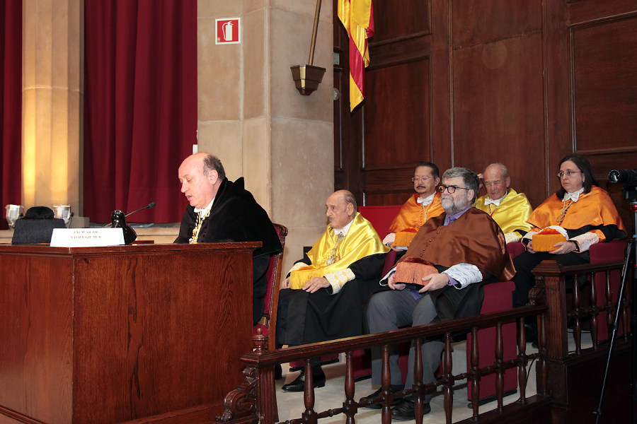 acto de ingreso en la RAED del Dr. Emilio Gil Moya