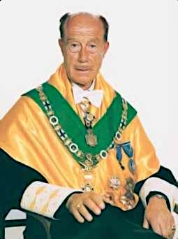 Dr. Luis Dolcet