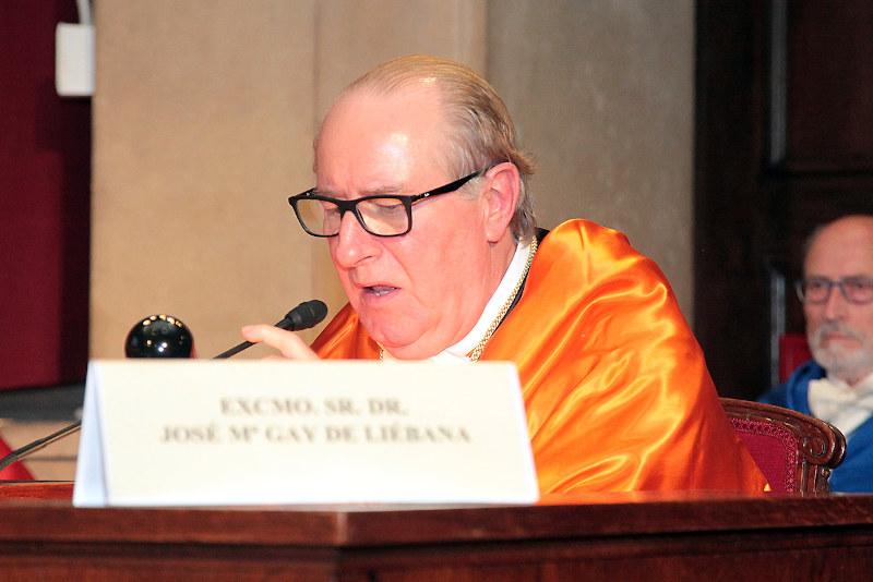 Ingreso en la RAED del Dr. Alejandro Pursals Puig