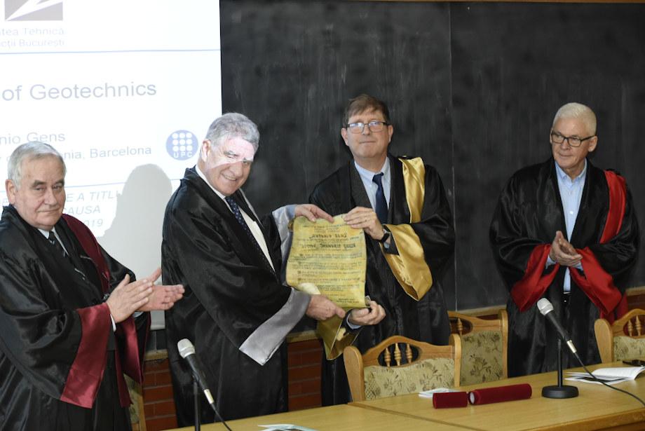 Antonio Gens Solé, nombrado Doctor HonorisCausa