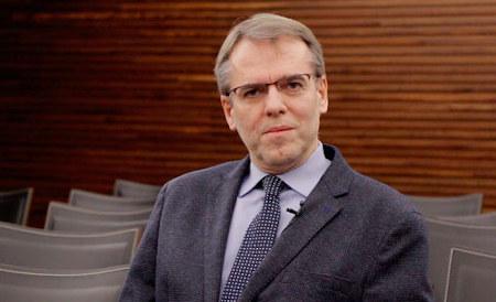 Dr. Oriol Amat