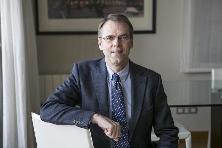 Dr. Oriol Amat Salas