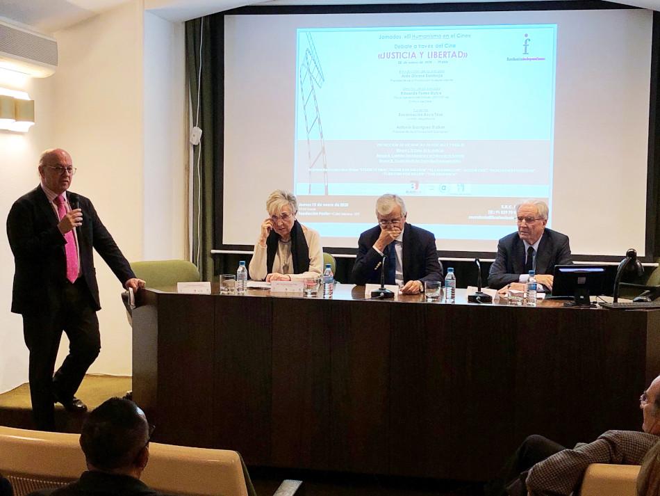 Aldo Olcese en una de las jornadas de la Fundación Independiente