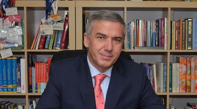 Dr. Lluís Serra Majem