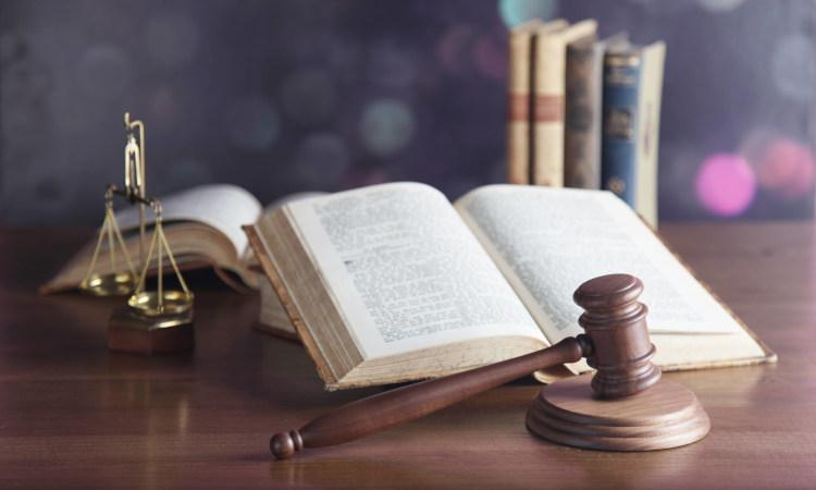 Hablar con criterio precisa una mínima formación jurídica