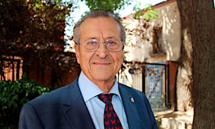 La Sociedad Cántabra de Escritores felicita a González de Posada por su ingreso en la RAED