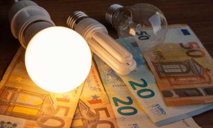 La controvertida rebaixa de l'IVA al rebut de la llum